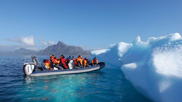 Comment protéger sa tête du froid lorsqu'on navigue à la voile ?